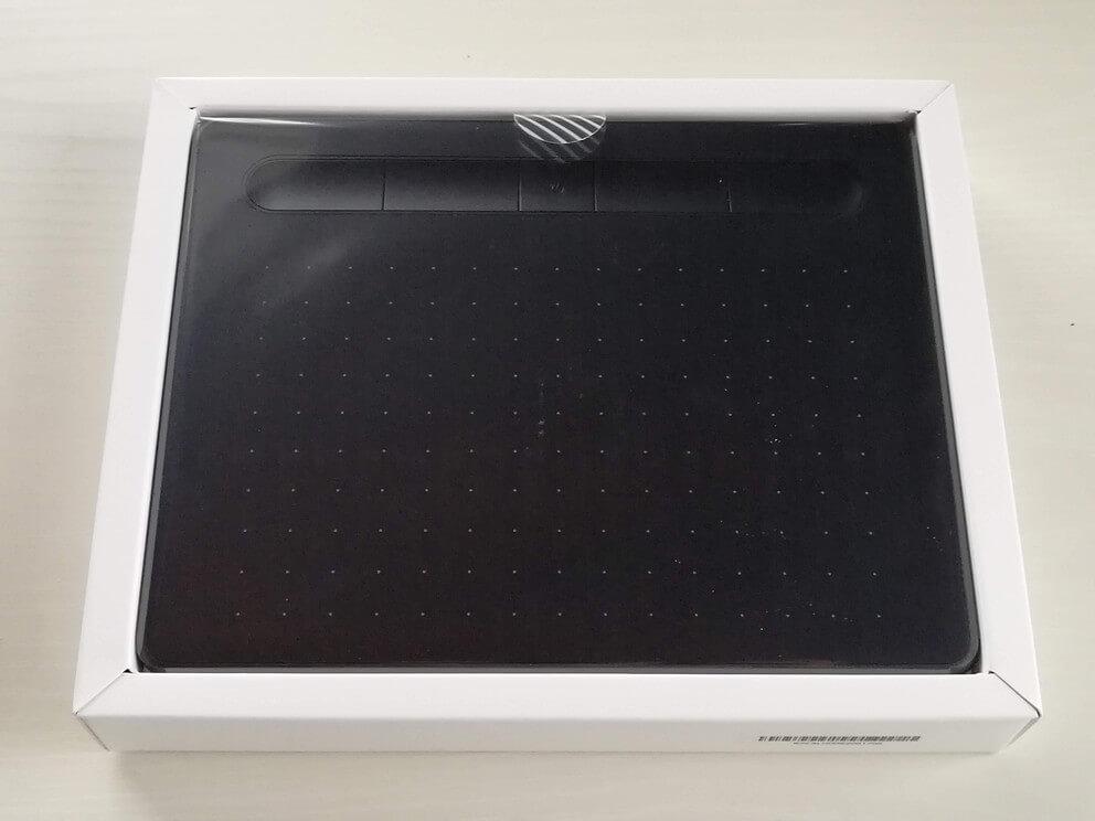 Wacom Intuos Smallワイヤレス 箱の内装1